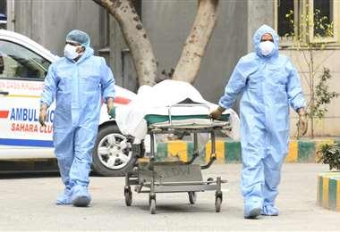 Gobierno de facto en Bolivia reconoce su incapacidad ante la pandemia