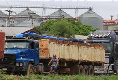 A excepción de las empresas de alimentos, las otras fábricas del parque industrial cerraron, temporalmente, sus puertas/FOTO: Hernán VIrgo