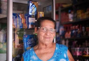 Doña Laura, Barrio 7 de Marzo