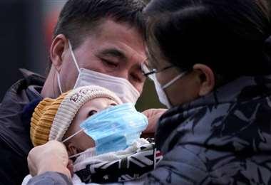 Si bien los niños son más resistentes al contagio, se recomienda siempre medidas preventivas