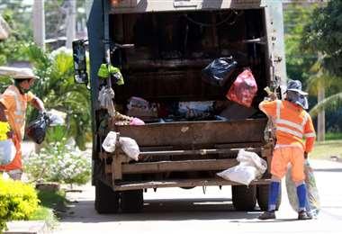 Recojo de basura en la zona norte (Fotografía: Ricardo Montero)