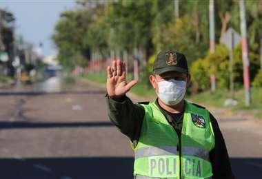 La labor represiva y disuasiva se combina con prevención y aliento a la ciudadanía en cuarentena