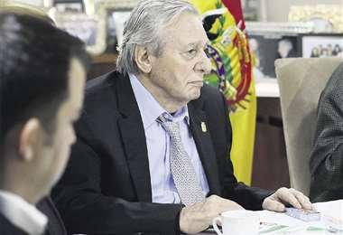 Desde hace 10 días el alcalde Percy Fernández no va por su despacho. Fue sometido a una operación