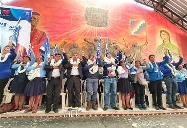 El evento fue en la Federación de Campesinos I Foto: Twitter.
