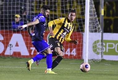 El Tigre enfrenta a San José en el Hernando Siles. Foto: APG