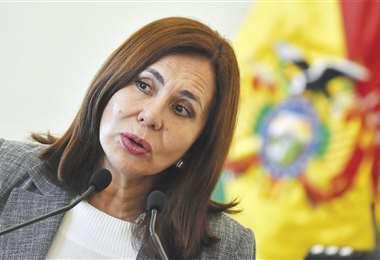 La canciller Karen Longaric brindó ayer una conferencia de prensa en la ciudad de La Paz. Foto: ABI