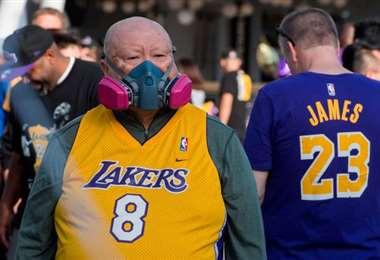 Los hinchas deberían utilizar máscras o barbijos para los partidos. Es una forma de prevenir contagios. Foto. Internet