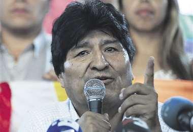 Evo Morales fue notificado a través de su abogado