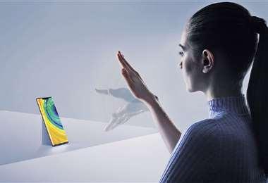 Seguridad. El Mate 30 Pro tiene un lector de huellas integrado bajo la pantalla y un sistema de desbloqueo facial 3D
