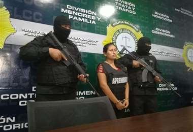 Niñera detenida