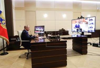 El presidente ruso decidió el teletrabajo como una medida preventiva para disminuir los riesgos de contagio del Covid-19
