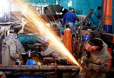 La industria registró un aporte al crecimiento general de 0,53% y un dinamismo de 3,19%. Foto: Ricardo Montero