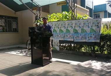 Conferencia de prensa del responsable de Epidemiología de Cochabamba (Foto: Humberto Ayllón)