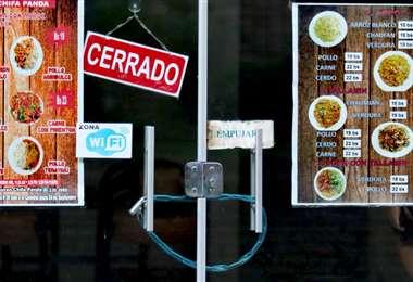 El 100% de los restaurantes está cerrado, el Gobierno anunció créditos para salarios
