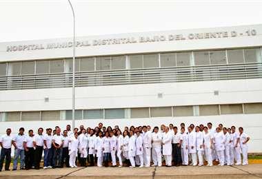 Personal del Hospital El Bajío reclama equipos de bioseguridad