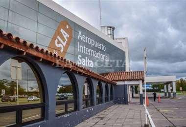 Los varados de Tarija partirán desde aeropuerto de Salta