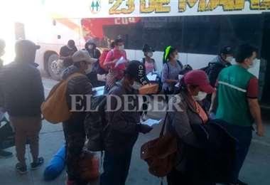 Los varados de Pisiga retornaron a Santa Cruz el fin de semana. (Foto: Fuad Landívar)anta Cruz