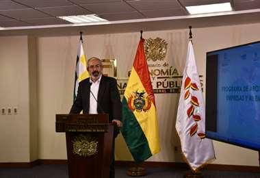 Viceministro de Servicios Financieros, Osvaldo Jáuregui