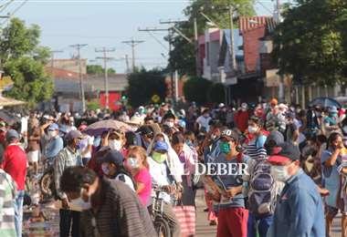 Se tendrá que evitar la aglomeración para frenar el contagio y las personas deben asumir las medidas preventivas. Foto: Jorge Ibáñez