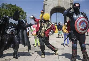 Los artistas callejeros salieron en manifestación. Foto AFP