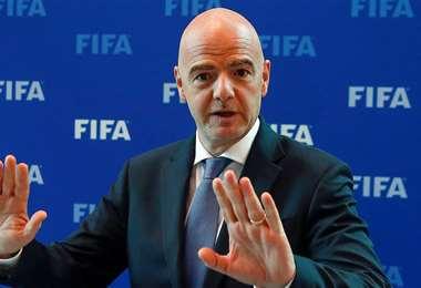 Los creadores del spray quieren ver preso a al presidente de la FIFA Gianni Infantino. Foto: Internet