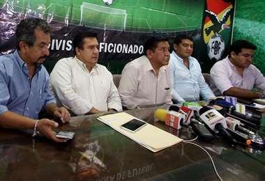 El comité ejecutivo de la FBF confirmó a los clubes de la División Profesional que el apoyo económico se dará esta semana. Foto: internet