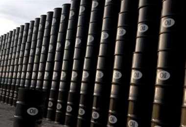 Disminuye la producción petrolera. Foto Internet