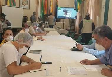 Imagen de la reunión de la Mesa Científica