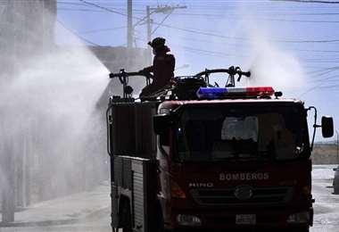 Desinfección en El Alto | Foto: APG