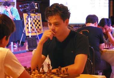 El cruceño José Daniel Gemy se destacó entre los ajedrecistas que tomaron parte del torneo. Foto: Internet