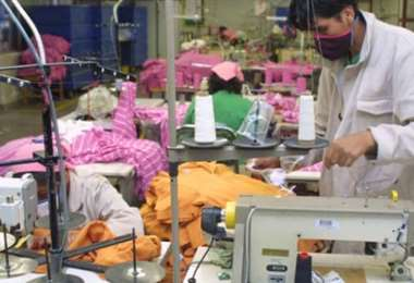 El sector textil es uno de los afectados por las crisis/Foto: EL DEBER