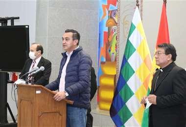 Núñez junto al secretario de la CEB I Presidencia