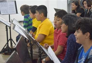 Los alumnos seguirán recibiendo clases a través de internet