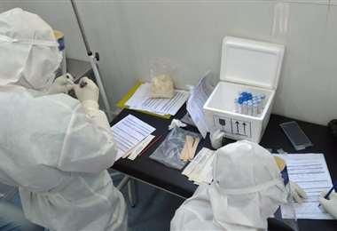 Laboratorio de Covid-19 en Trinidad /Foto: ABI