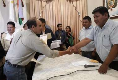 Amapo (derecha) en un acto público en noviembre de 2019 (Foto: Gobernación de Beni)