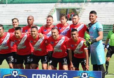 Este el plantel de Nacional Potosí que jugó el torneo Apertura hasta mediados de marzo. Foto: internete