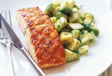 Salmón y palta, dos alimentos ricos en vitamina D