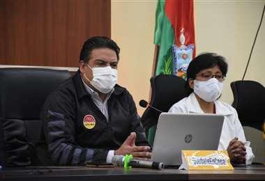 El alcalde Revilla dio conferencia de prensa esta tarde. Foto: GAMLP