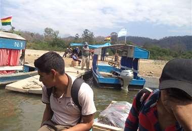 Puerto Las Chalanas, en frontera Bermejo - Aguas Blancas