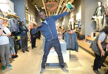 Usain Bolt se convirtió en padre por primera vez al dar a luz su pareja Kasi Bennett a una niña, según reportó la prensa jamaicana. Foto: AFP