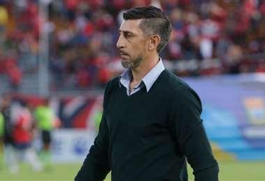 El argentino Cristian Díaz es el DT de Wilster y debe tomar decisiones importantes. Foto: Internet