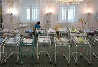 Chino secuestrado cuando era bebé encuentra a sus padres biológicos 32 años después