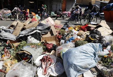 La ciudad de Cochabamba está llena de basura. Foto. APG Noticias