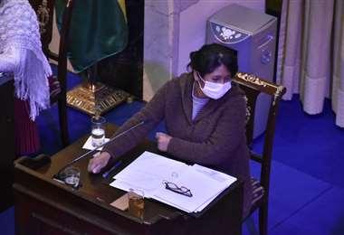 Eva Copa en la sesión del Senado el jueves (Foto: APG noticias)
