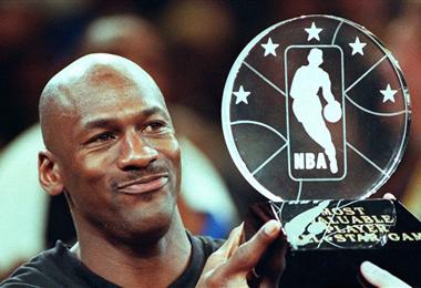 Jordan es conderado el mejor basquetbolista de la historia