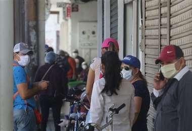 El movimiento se percibe en las calles aledañas a la Plaza 24 de Septiembre. Fotos: Ipa Ibañez