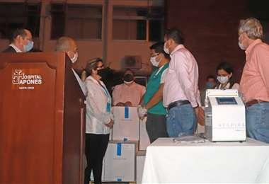 La entrega de los respiradores en Santa Cruz I Presidencia.