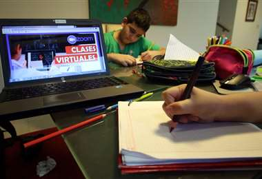 Los padres pedirán nuevos contratos para educación virtual. Foto: Ricardo Montero
