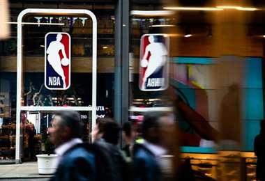 Disney World, en Orlando, se perfila como sede de un posible retorno de la temporada de la NBA, informaron el miércoles medios estadounidenses. Foto: AFP