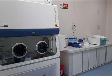 Laboratorio de biología molecular donde se procesan las pruebas. Foto David Maygua